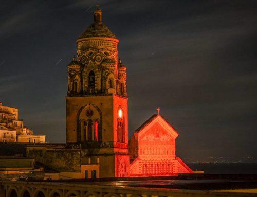 Amalfi. Giornata internazionale contro la violenza sulle donne: oggi il Duomo si illumina di rosso