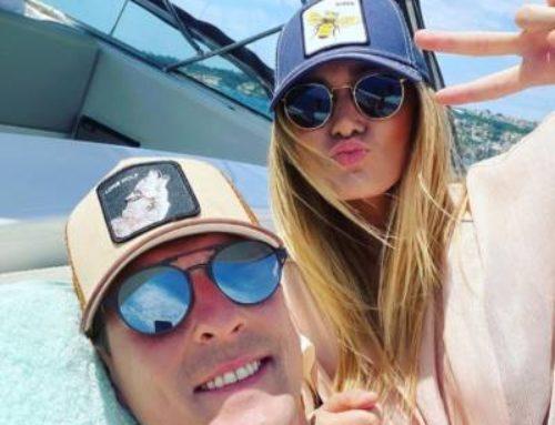 """Milik e la bella Jessica si rilassano nel mare di Amalfi: """"Finalmente un po' d'aria"""". Poi pranzo a """"Lo Scoglio"""" -VIDEO"""