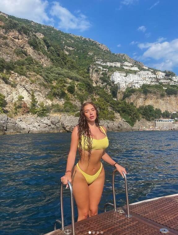 Anastasia Karanikolaou, la migliore amica di Kylie Jenner ad Amalfi